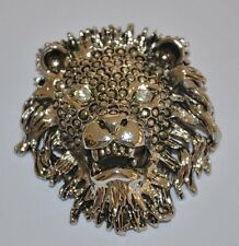 SILVER TONE LION HEAD/FACE PIN BROOCH WITH CRYSTAL EYES - EXCELLENT!