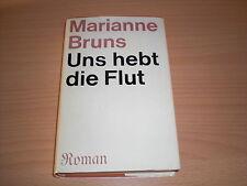 DDR-Roman  Uns hebt die Flut von Marianne Bruns