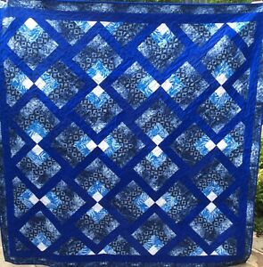 Handmade patchwork Quilt. Blue and white log cabin (#52)