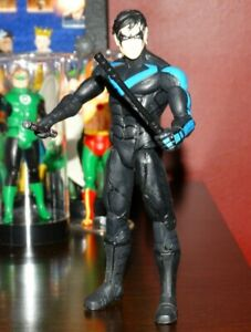 NIGHTWING • ARKHAM CITY • DC COLLECTIBLES