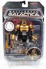 """Battlestar Galactica TRU Exclusive Gold CYLON WARRIOR COMMANDER 7"""" Action Figure"""