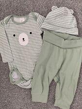 Boy's 3 Piece White / Green Babygrow Set - 4-6 Months - H&M