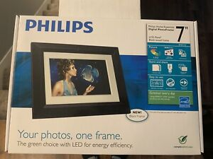 Phillips 7 inch Digital Picture Frame LCD Black Frame NEW OPEN BOX