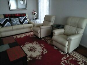 Jason lazy boy recliner suite. - 100% leather