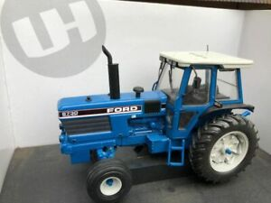 Ford 8730 Powershift 2wd Tractor Conversion 1:32 scale Farm model TRAKTOR