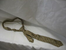 Vintage Wembley Golden House All Silk Warp Tie About 51