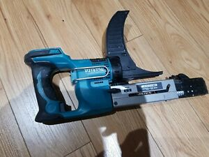Makita DFR550 Auto Feed Screw Gun, 18v Cordless