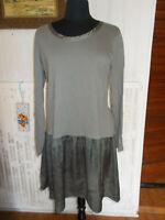 Robe grise bi-matieres haut coton bas volant polyester  MISS CAPTAIN 44 16UK