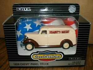 Ertl Classic Vehicles Collector 1938 Chevy Panel Truck 1:43 Delaneys Bakery 2824