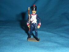 556A Starlux Atlas Rifleman línea Figura Plomo Empire Soldado 1/32 Napoleón