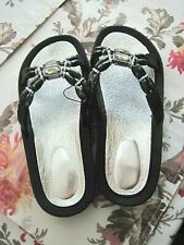 Beaded Sandals Flip Flops NEW Black with  faux Crystal Size 5-6 Small