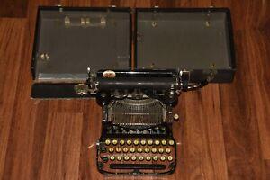 Vintage 1910 Smith Corona No.3 small Folding Typewriter portable
