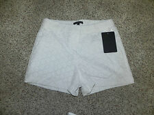 HARVE BENARD WHITE CASUAL SHORTS WOMENS SIZE 10 H05205 NWT $69.99