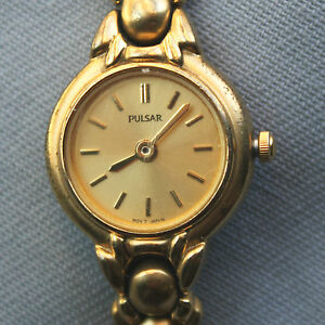 Vintage Pulsar ladies bracelet watch New Battery FREE SHIPPING