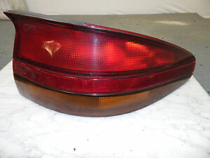 OEM 1995 Saturn SC1 Passenger's Side Tail Light Housing/Lens Assembly, lamp