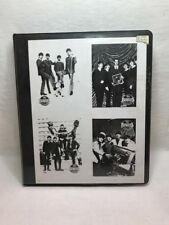 THE BEATLES COLLECTION LOT TRADING CARDS 220 IN FOLDER