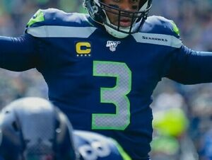 2019 SEATTLE SEAHAWKS Russell Wilson QB 4-⭐-Star Iron-on GOLD Blue CAPTAIN PATCH