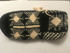 Brand New Women's Hand Made Slippers Fits Size 4 / 5 Euro 37/38