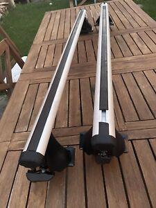 Thule Aerobar 400 XTR feet Aero bar roof rack With RB47 Aluminum Load Bars