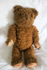 kräftiger brauner wuschliger Teddybär, Glasaugen, Holzwolle, brummt wenn er will