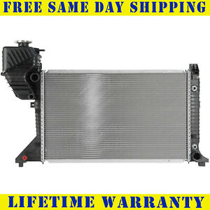 Radiator For 2002-2006 Freightliner Sprinter 2500 3500 2.7L L5 Fast Shipping