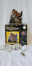 JoAnns SpooKy HoLloW Cute 2003 Lighted Witch Boutique Halloween Village Building