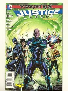 Justice League #30 New 52 1st cameo appearance of Jessica Cruz Green Lantern DC