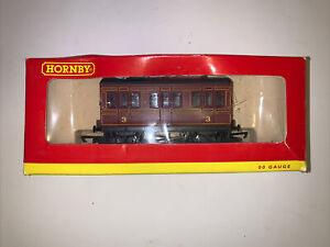 Hornby OO Gauge R468 LMS 4 Wheel Coach Train Car