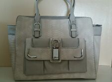 Guess purse beige color nice & cheap!