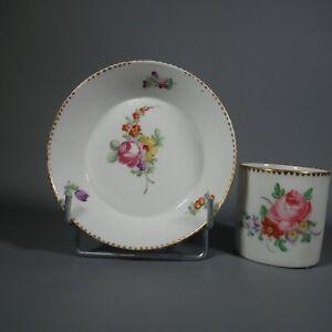 Paris Manufacture De La Reine Tasse Litron Porcelaine 18 & 19ème Bouquets 2/3