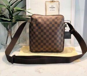 Louis Vuitton Unisex Messenger Bag