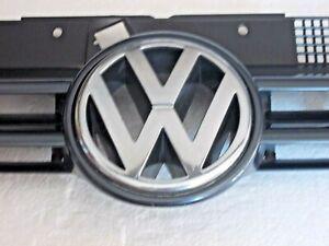 VOLKSWAGEN VW GOLF / BORA MK IV - MARK 4 FRONT GRILLE & BADGE~ANTHRACTITE *USED*