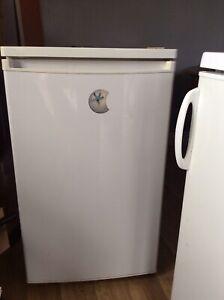 Fridge with Ice Compartment. Under Counter Fridge Freezer good Working Order V60