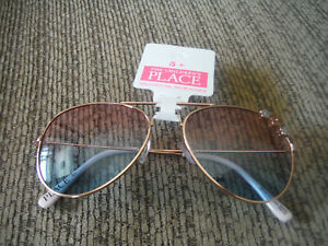 NWT Childrens Place Rose Gold Girls 5+ Sunglasses w Flowers