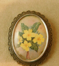 Vintage TLM England Silver Cameo Style Yellow Primrose Flower Silver brooch 5j69