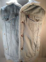Vintage Levis Sherpa Lined Denim Trucker Vest Made in the USA Size X Large Jean