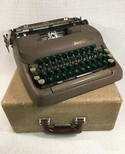 Vtg 1958 SMITH CORONA SILENT Typewriter GREEN KEYS, Tweed Case~Floating Shift
