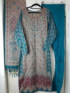 Ladies 3 Piece Pakistani Long Sleeves Salwar Kameez Size XS 6 8 Winter Persian
