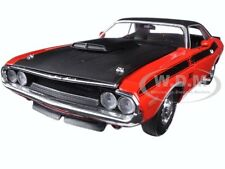 1970 DODGE CHALLENGER T/A RED W/ BLACK STRIPES 1/24 DIECAST MODEL M2 40300-53A