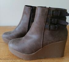 Bongo Paulina Wedge Boot