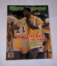 1982 NO LABEL ! Sports Illustrated MAGIC JOHNSON & MICHAEL COOPER Lakers  !