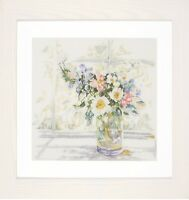 Bouquet of Flowers :  Lanarte Counted Cross Stitch Kit - PN0168743