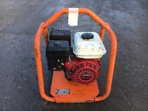 BELLE CONCRETE POKER DRIVE UNIT HONDA GX120 ENGINE CONCRETE SITE WORKS 2011model