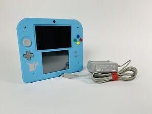 Nintendo 2DS Special Edition blau+ Pokémon Mond Spiel (vorinstalliert)