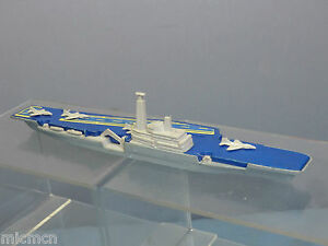 MATCHBOX SEA KINGS  WATER LINE  MODEL No.K-304 AIRCRAFT CARRIER WITH 4 AIRCRAFT