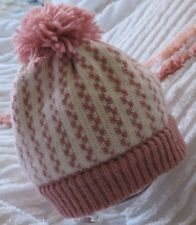 Clear Out Sale  Knitted v Stitch baby Girl Stocking Cap 0-3 m  white/ Soft rose