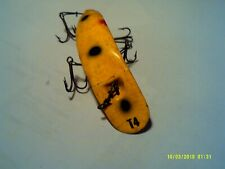 Vintage Helin T4 Flatfish Fishing Lure 3 1/2 Inch Yellow with Red & Black Spots