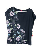 Vince Camuto, Women's Navy Blue Floral Blouse, Size Medium