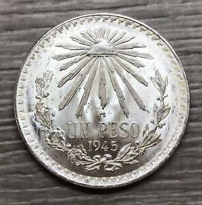 1945 Mexico Un Peso Cap & Rays Silver Coin (G551)