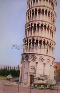 WW2 Picture Photo 1944 M4 Sherman and M10 tank destroyer near tower of Pisa 4202